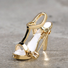 Rhinestone and Enamel High Heel Shoe Brooch (2 Colors)