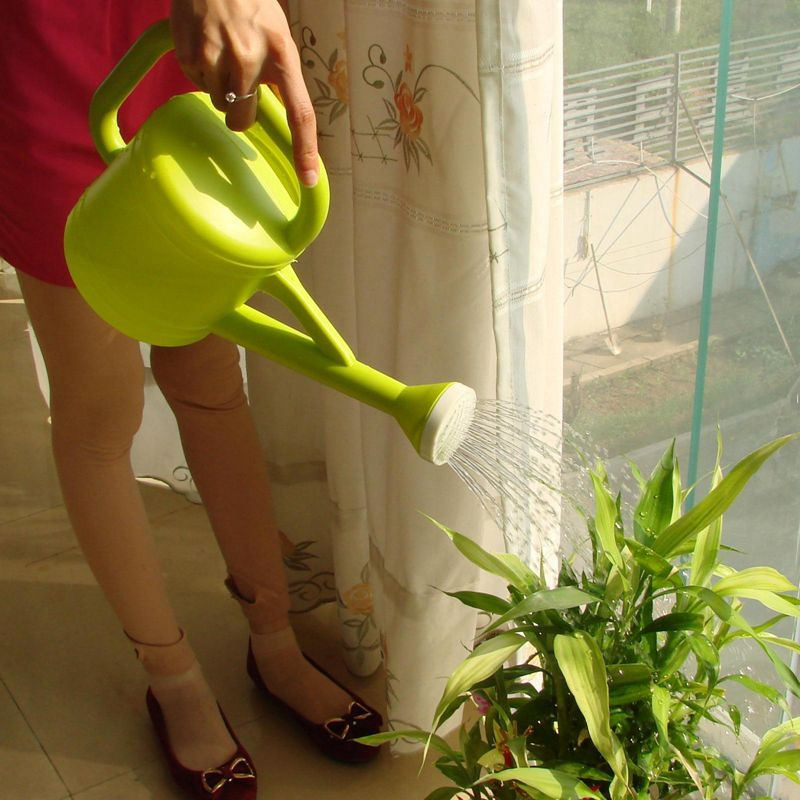 2016 new arrival watering can high quality pe popular for Top gardening tools 2016