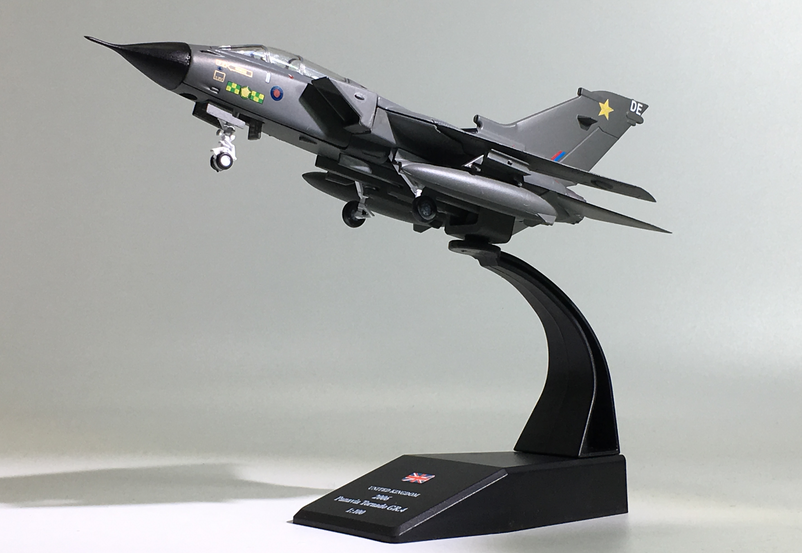 3pcs/lot Wholesale AMER 1/100 Scale Military Model Toys ADV Panavia Tornado Fighter Diecast Metal Plane Model Toy