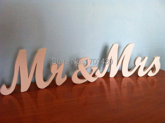 White Mr. & Mrs. Letters Wedding Table Decoration
