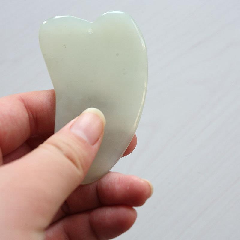 New 1pc Gua Sha Facial Massager Chinese Medicine Natural Jade Board Scraping Tool