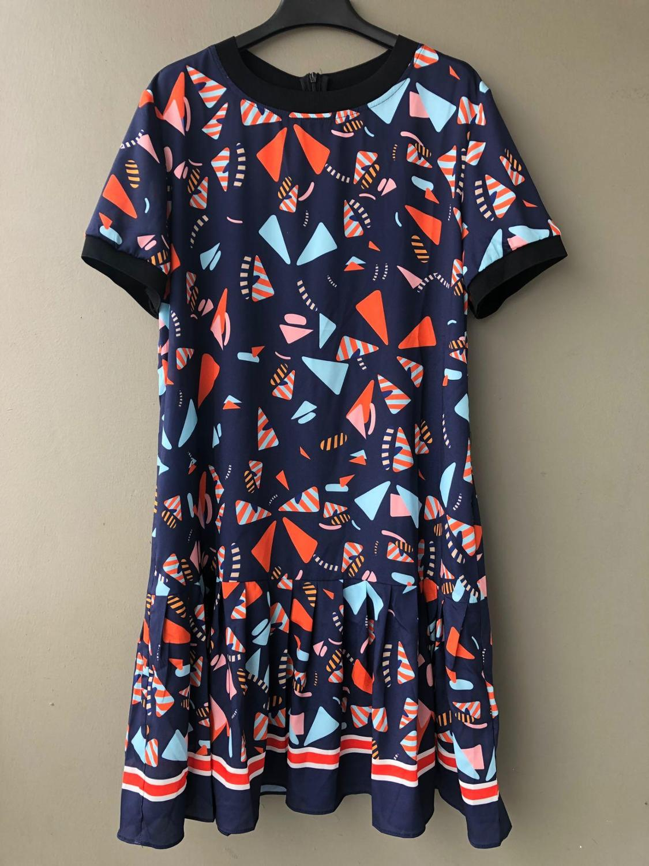 2019 new ladies fashion short sleeved round neck print pleated dress 0620