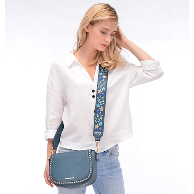 AMELIE GALANTI Small Women Handbag Luxury Leather Crossbody Bags for Women Shell Bag Embroidered with Long Straps Shoulder Bag