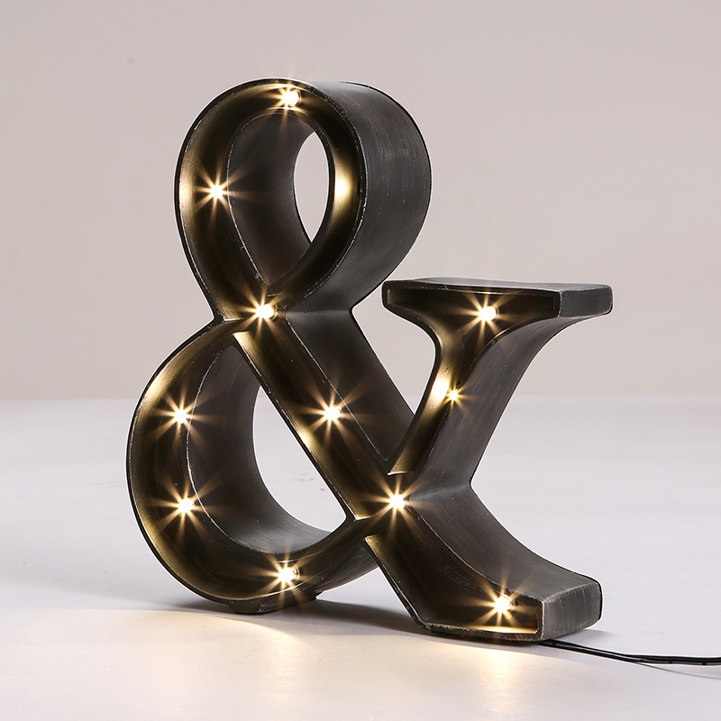 Vintage bedroom symbol letter table lamps nordic resin for Table lamp election symbol