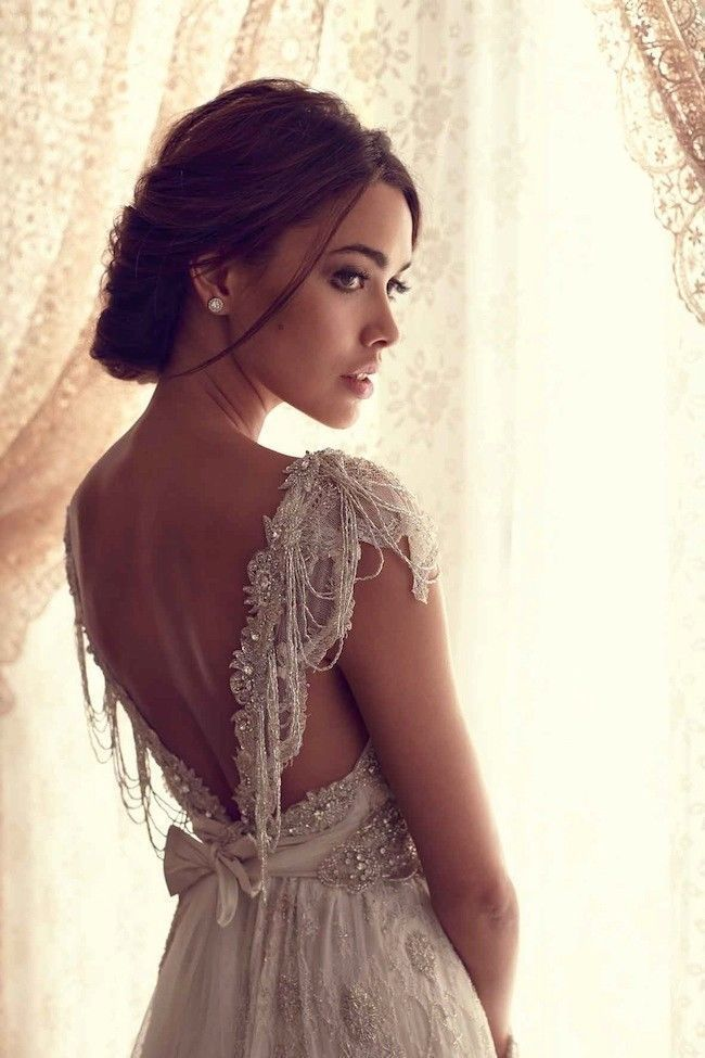 1e5fb69e4e Anna Campbell Wedding Dresses Ivory Lace Sexy V Backless Bridal Wedding  Gown Custom Size-in Wedding Dresses from Weddings   Events on  Aliexpress.com ...