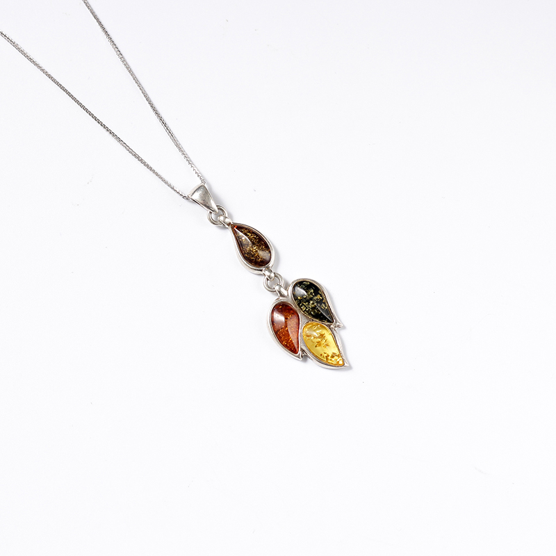Polish Baltic Sea natural amber old honey 5A chicken yellow beeswax 925 sterling silver Western antique necklace pendant natural beeswax carp pendant chicken oil yellow old honey carving pendant necklace men and women sweater chain amber jewelry