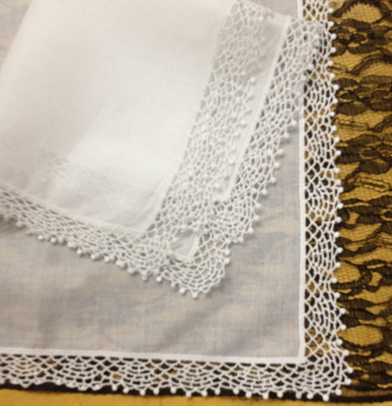 Set Of 12 Fashion Wedding Bridal Handkerchiefs Cotton Ladies Handkerchief  Embroidered Lace Crochet Hankies Hanky 12x12-inch