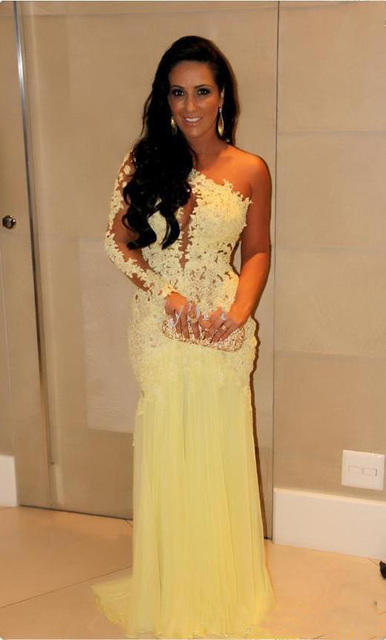 2017 Evening Dress With Long Sleeves Formal Prom Gowns Mermaid Dubai Lace  Indian Celebrity Evening Gowns 25f405642032