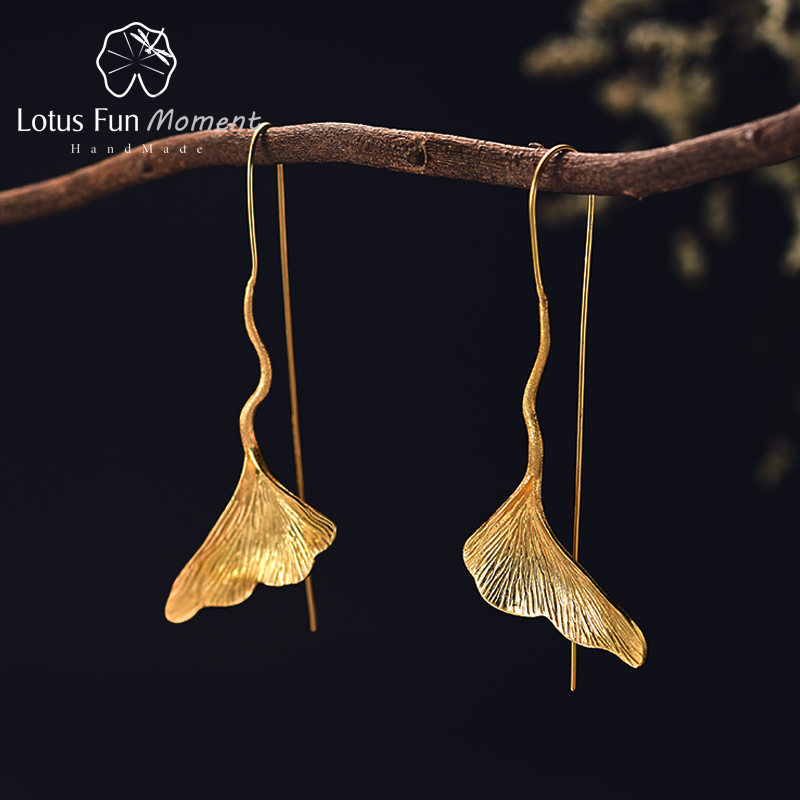 Lotus Fun Moment Real 925 Sterling Silver Long Dangle Earrings Fashion Jewelry Vintage Gold Ginkgo Leaf Drop Earrings for Women leaf decorated drop earrings
