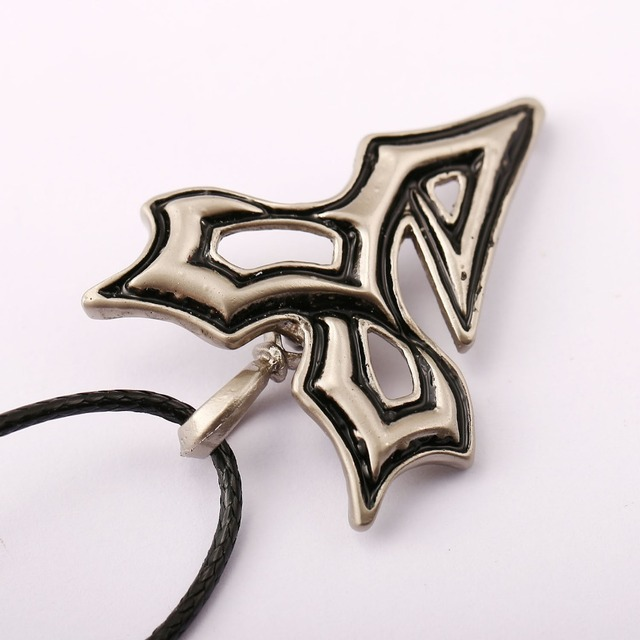 Final Fantasy Necklace Alloy Charm Pendant Cosplay Accessories Jewelry for Gift YS10884