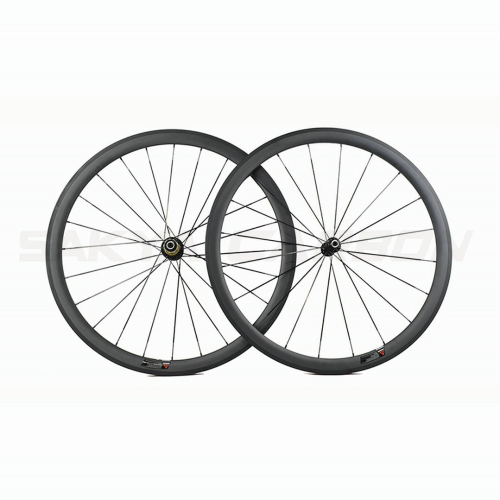 Factory clear stock sales 700C 38mm clincher carbon bike wheels with Novatec hub or Powerway hub