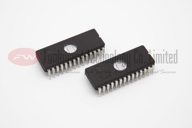 M27C128A-12F1 27C128 27128 128KBIT UV EPROM CDIP-28 Integrated Circuit