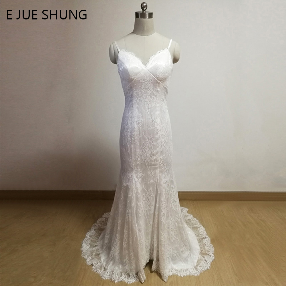 E JUE SHUNG White Lace Mermaid Beach Wedding Dresses V-neck Spaghetti Straps Cheap Wedding Gowns robe de mariage