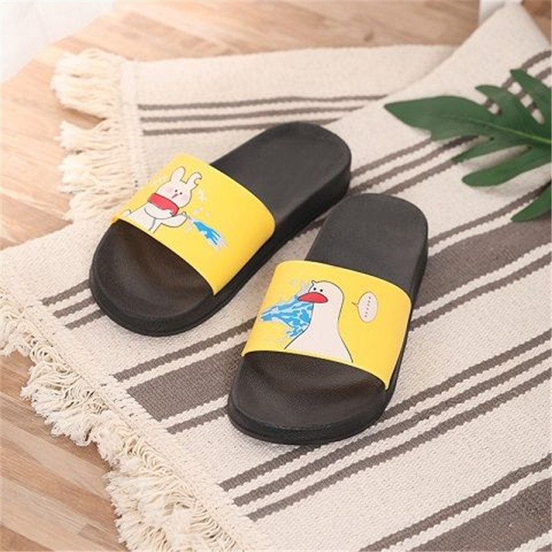 PKSAQ summer slippers women cute cartoon yellow duck Badslippers Indoor slippers Flip Flops bathroom home slippers Couple