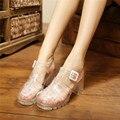 2017 novos chegada mulheres sandálias da geléia doces cor do verão sapatos macios moda sapatos tamanho 35-40 preto branco transparente PVC doce