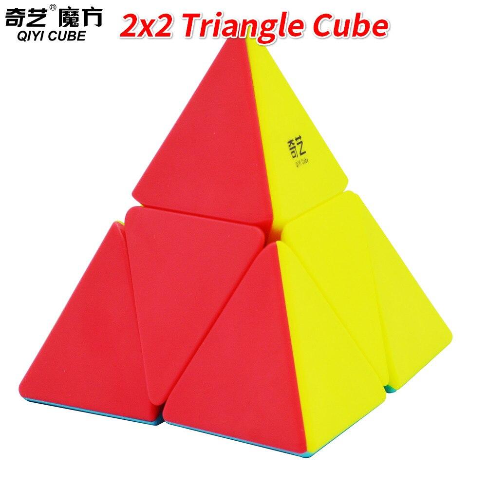 Nouveau Qiyi 2x2 Triangle Cube sans autocollant MagicCube vitesse Cube jouets pour enfants enfantsNouveau Qiyi 2x2 Triangle Cube sans autocollant MagicCube vitesse Cube jouets pour enfants enfants