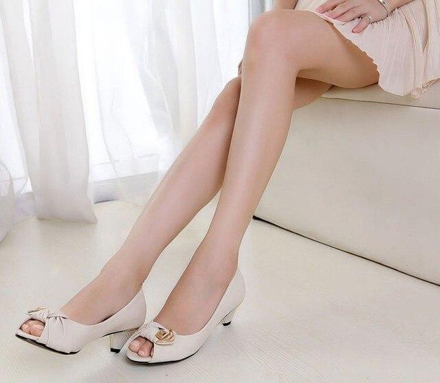 Sexy Estate Romantica Primavera Peep Toe Scarpe Tacco Basso Sandali del Vestito Convenzionale Della Signora A Buon Mercato Scarpe Donna Spedizione Gratuita
