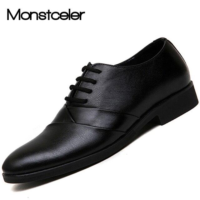 Chaussures Noires Pour Le Mariage Avec Les Hommes De Dentelle BhVnLpT