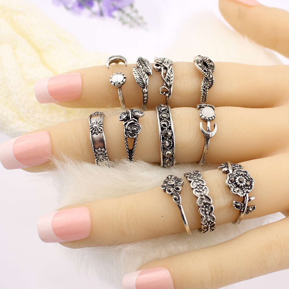 HTB1QRZCOFXXXXbaXXXXq6xXFXXXK 11-Pieces Boho Chic Spirituality Silver Plated Antique Stackable Ring Set - 9 Sets