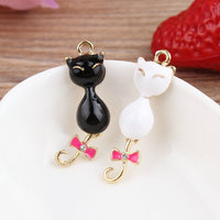 Newest Mini Order 10PCS Assorted Black White Oil Drop Animal Cat Pendant Charms Fashion Gold Tone
