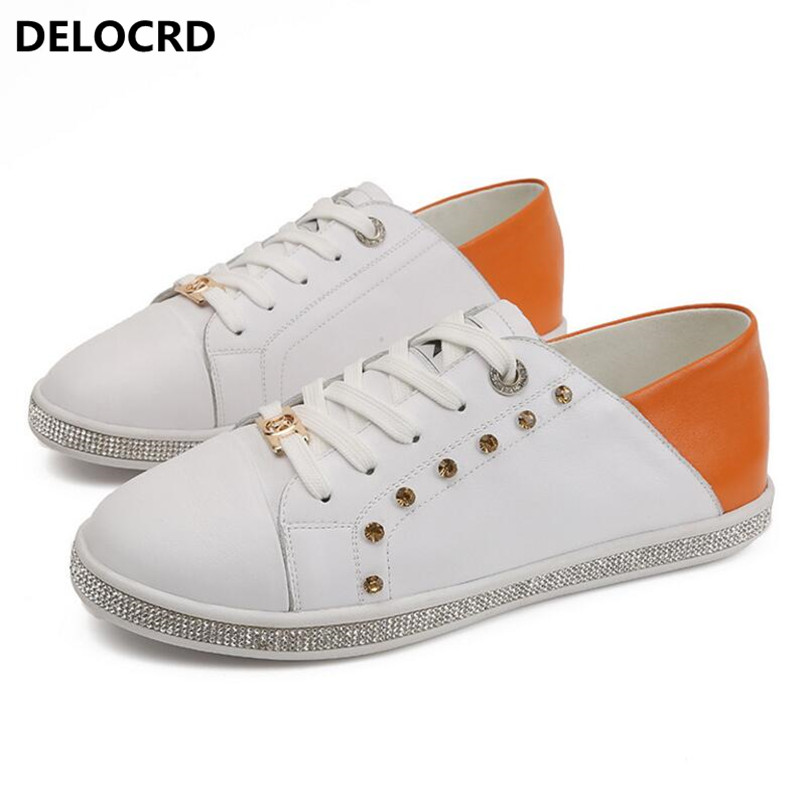 2018 Spring Summer New Leather White Shoes Women's Fashion Casual Shoes Rhinestone Flat Wild Shoes Women's Leather Hot Shoes 2017 new spring imported leather men s shoes white eather shoes breathable sneaker fashion men casual shoes