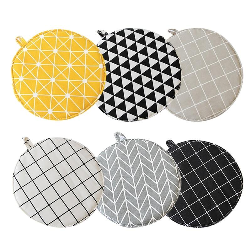 Cotton Pot Mat Pad Heat-Resisting Heatproof Table cloth Pad Slip-resistant Kitchen Cooking 1 Pcs