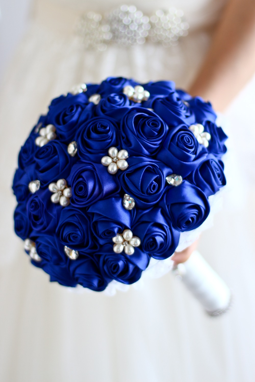 Free Shipping Sapphire Blue Rose Flower Bridal Brooch Bouquet