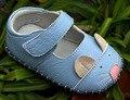 Niñas zapatos de cuero genuino suave suela primeros caminante del niño zapatos del pesebre zapatos 3D ratón lindo blanco azul zapatos de bebe