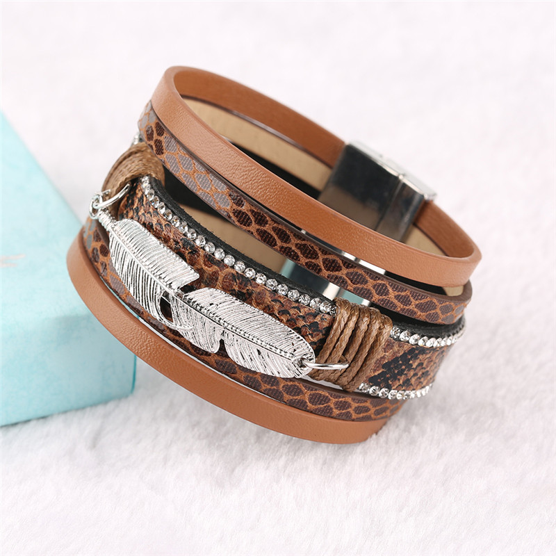 Steampunk Cool Feather Rhinestones Design Bangle Jewelry Gift for Men Women Alloy Leather Charm Bracelet Gifts