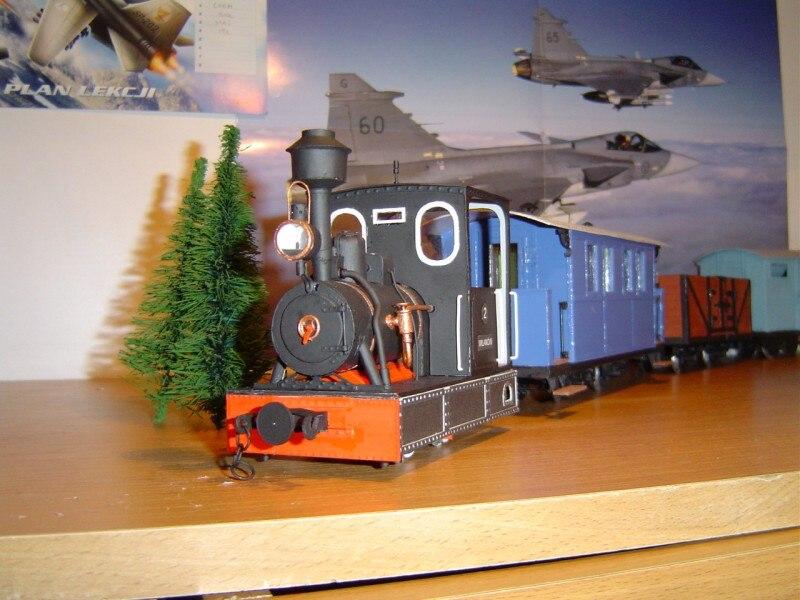 Locomotive à vapeur à jauge étroite de modèle en papier à monter soi-même + 4 voitures 19 cadeau pour garçon Puzzle 3D Papercraft