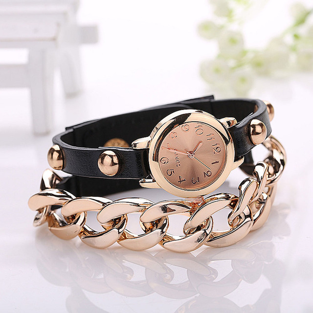 2017 Hot Sell Korean Style Retro Bracelet Watches Cool Women's Golden Dial Faux