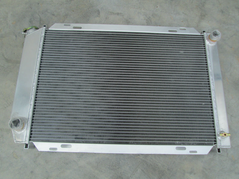 3 Row Aluminum Radiator for 1967-1970 1968 69 Mustang//Cougar XR-7 V8 289//302//351