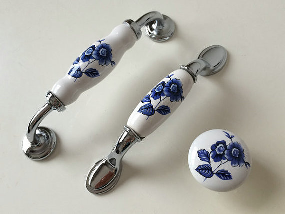 3.75 5 Ceramic Kitchen Cabinet Drawer Pulls Handles Knobs White Blue Blossom Knob Pull Furniture Hardware 96 128 mm 3 75 5 porcelain kitchen cabinet door knobs handle drawer pulls handles knobs white gold knob pull furniture hardware 96 128