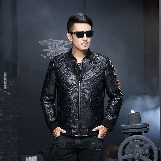 2016 new Haining Leather Men short sheepskin jacket collar feather embroidery fashion 77-1