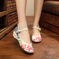 New summer fashion sexy flower embroidery women flats shoes Vintage ladies casual shoes simple canvas shoes