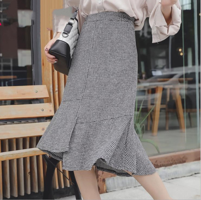 2019 autumn winter new plus size casual loose elastic waist plaid long ruffle skirt gray woman large size skirts 3XL 4XL 5XL 6XL 2