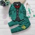 Primavera Otoño Ropa de Bebé Niño Establece niños pajarita t-shirts + pants de los niños chaqueta de punto de algodón traje de dos piezas chándal set