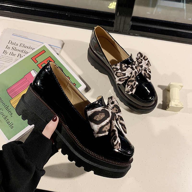 Fujin/2019 г. Осенняя женская обувь на толстой плоской подошве; обувь на платформе; лоферы из искусственной кожи без застежки; женская повседневная кожаная обувь с бантом-бабочкой