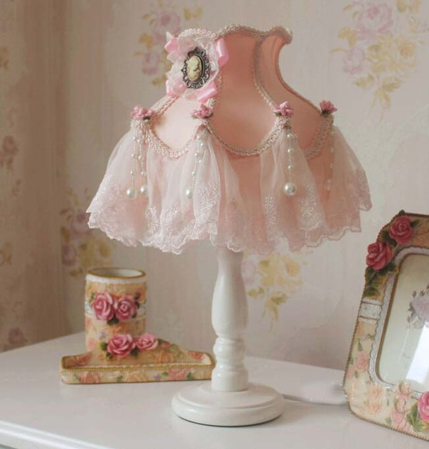 Europe Garden Lace Fabric Princess Bedroom Adjustable Table Lamp 7 Inches