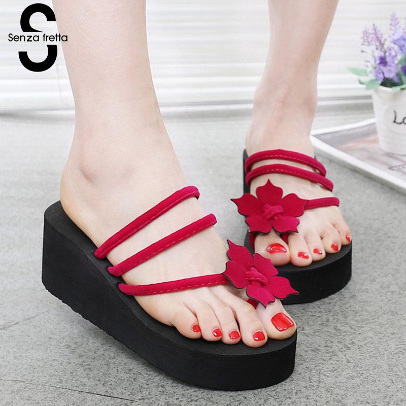 Senza Fretta Summer Women Indoor Flip Flops High Heel Flowers Slippers Thick Beach Flip-flops Sandals Wedges Platform Slippers summer sandals beaded flowers platform wedges women slippers fashion flip flops hot bohemian national style women sandals