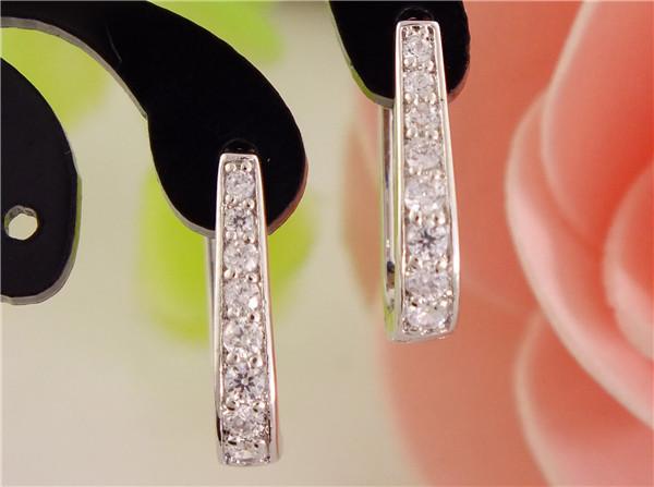Free Shipping 1pair Womens Silver Clear Zircon Fashion U-shape hoop earrings fashion Jewelry