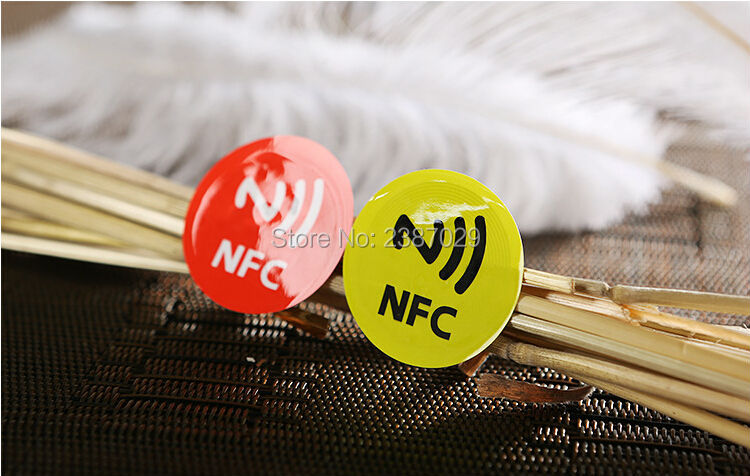 200pcs/lot rfid tag cheap 13.56mhz rfid smart label NFC programmable adhesive rfid sticker tag for all NFC smart phone