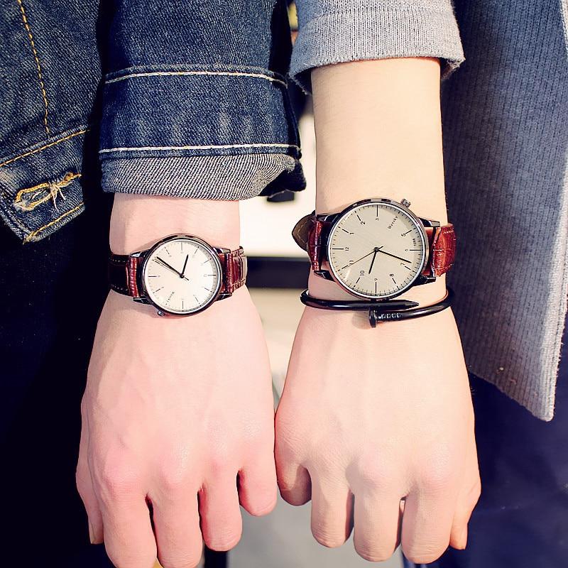 Fashion Vintage Student Couple Watch Leather Quartz Top Brands Men's Watches Casual Sports Wristwatch Woman Relojes