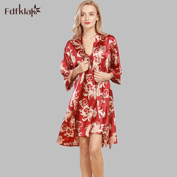 Summer High Quality Dressing Gowns For Women Sexy Lingerie Nightgown Robe Sets Home Made Gowns Bathrobe Women 5 Styles E1028