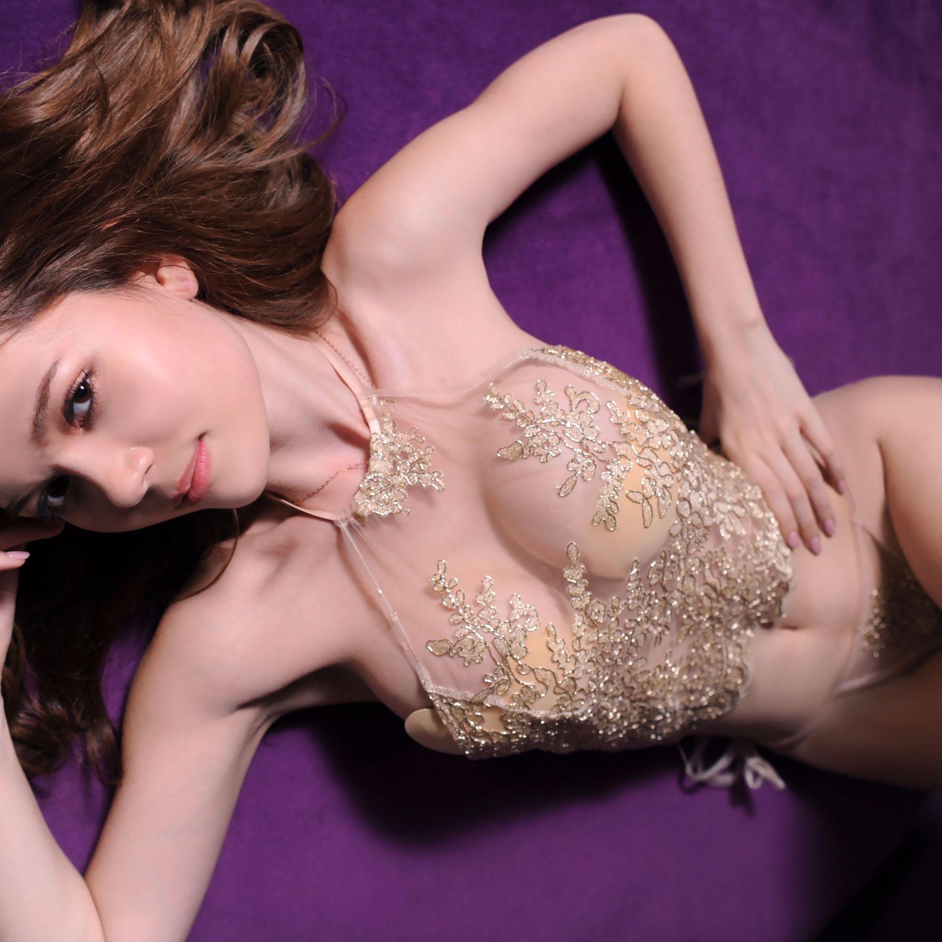 Sexy Lingerie Sexy Gouden Kant Bloemen Lokken Opknoping Hals Buikband Erotisch Pyjama Perspectief Wimpers Rand Ondergoed T-back Suit