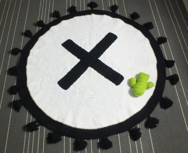 Divano Letto Per Bambino : Bambino zerbino coperta rosa nero bianco nappe maglia crochet