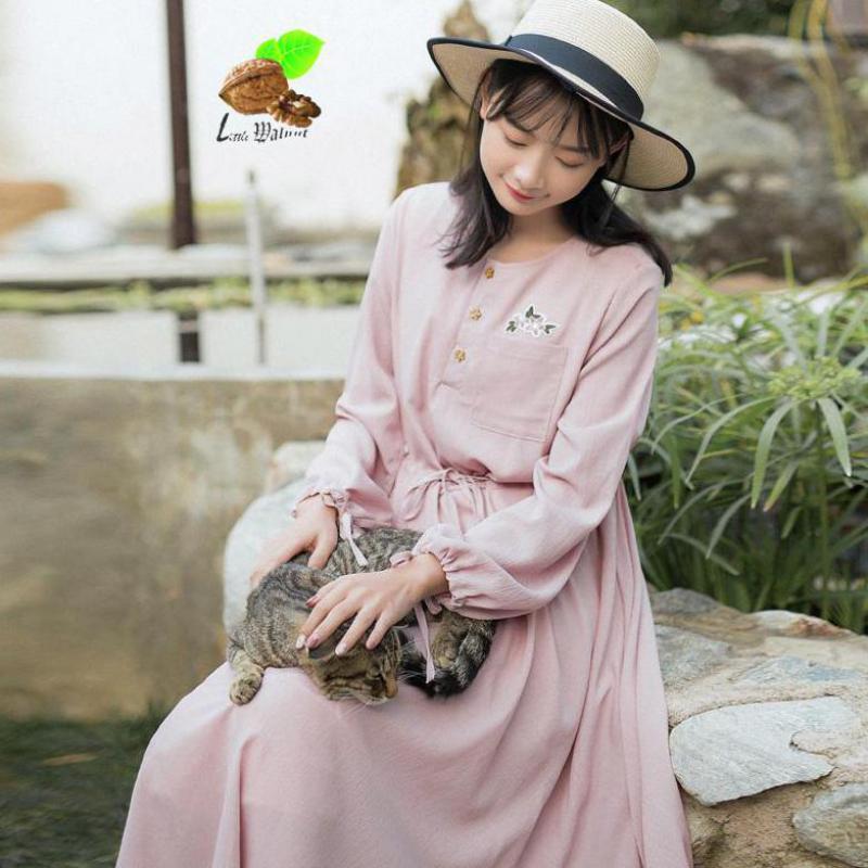 New Autumn Women Casual Print Embroidery Flower Cotton Chiffon Lantern Sleeve Dresses Female Small Fresh Casual White Pink Dress