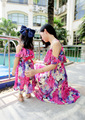 Novo 2016 mãe e filha vestido com cinto Maxi verão vestidos de praia vestido de Chiffon meninas e mulheres vestido família