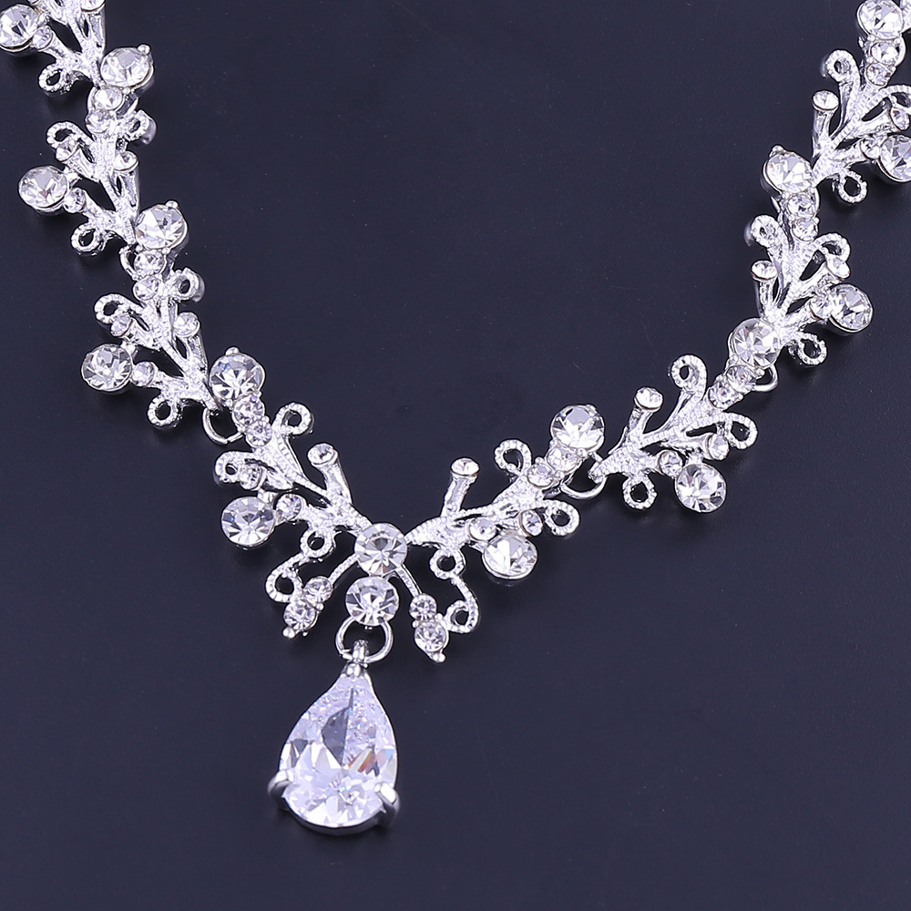10 - Luxe Noble Feuille De Cristal, Bijoux De Mariée Strass Couronne Diadèmes Collier Boucles D'oreilles, Perles Africaines,