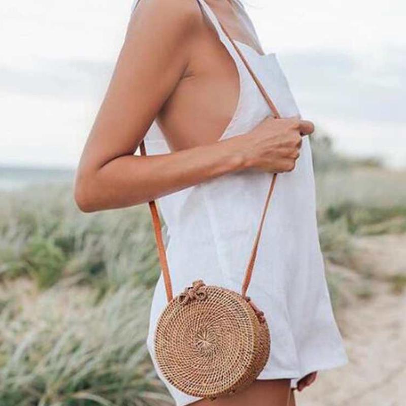 Women Handbag Summer Beach Tote Circle Bag Handmade Rattan woven Round handbag Vintage Retro Straw Knitted Messenger Bag S1516 все цены